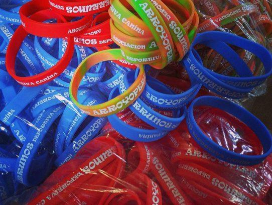 Pulseras personalizadas a todo color para bodas, eventos y fiestas